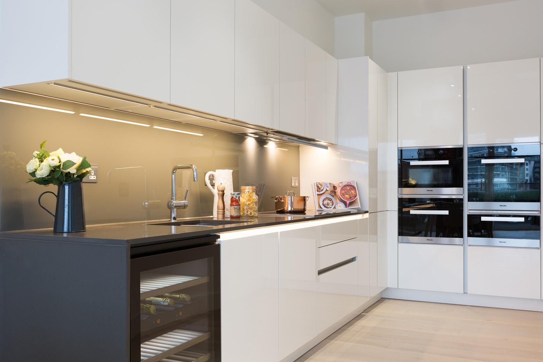 Mylo Fulham luxury 4 bedroom 3 bathroom apartments on Central